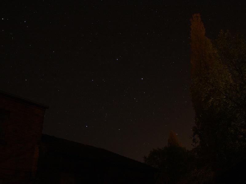 Erste Sternfeldaufnahmen mit der Canon EOS 1000D