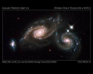 Das Galaxientriplet Arp 274 in Virgo
