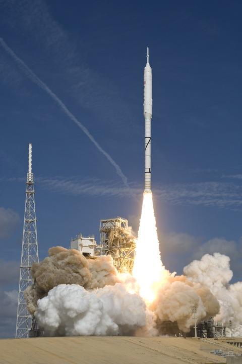 Start der Ares I-X © NASA