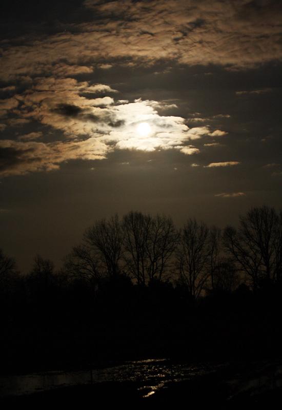 Supervollmond vom letzten Samstag und Merkur am Abendhimmel
