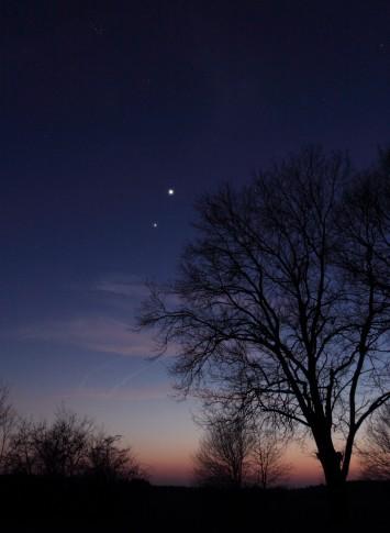 Jupiter und Venus in der Abenddämmerung des 16. März 2012