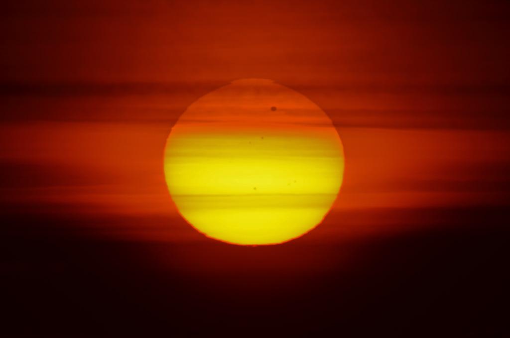 Sonne mit Venus