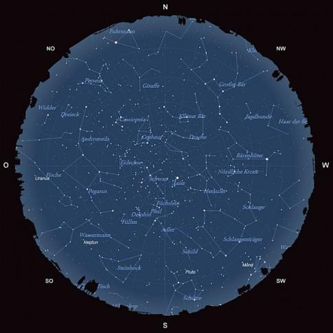 Der Sternhimmel am 15. August 2013 um 23:00 MESZ