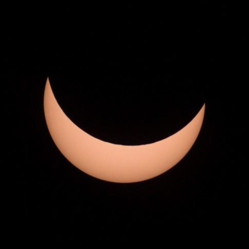 Die Sonnenfinsternis zum Zeitpunkt des Maximums