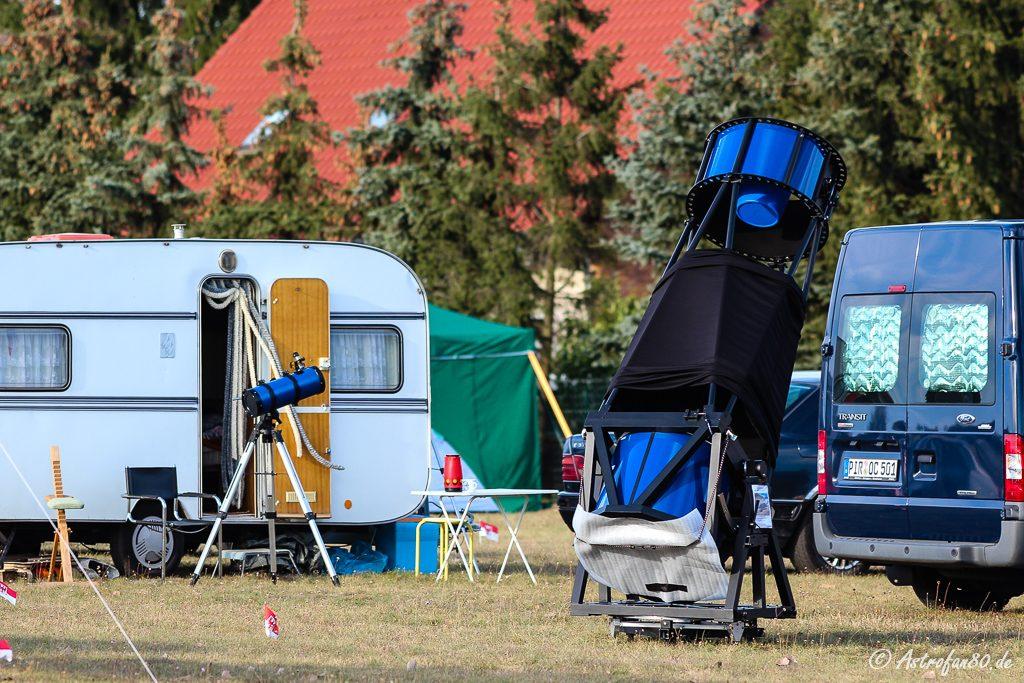 Auf dem HTT entdeckt man kleine und große Teleskope