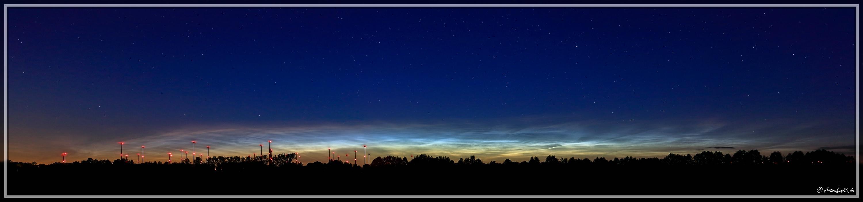 Leuchtende Nachtwolken #1