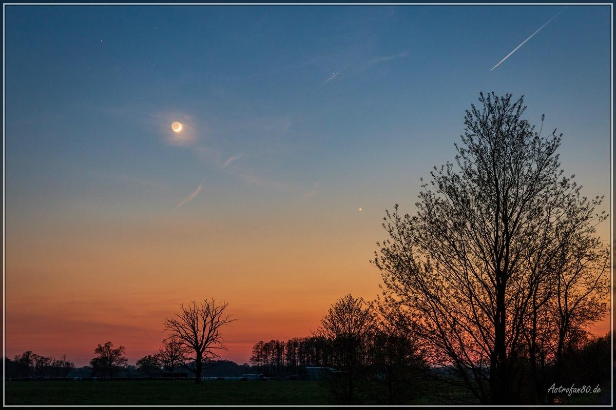 Mondsichel und Abendstern