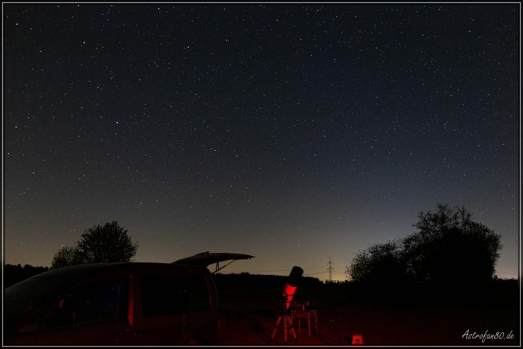 Viele Beobachtungsnächte, Kometen und Starlink