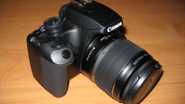 IMG_0422 - Kamera mit Objektiv